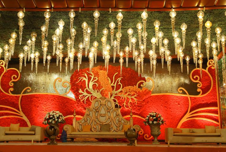 The Kundan by FernsN Petals