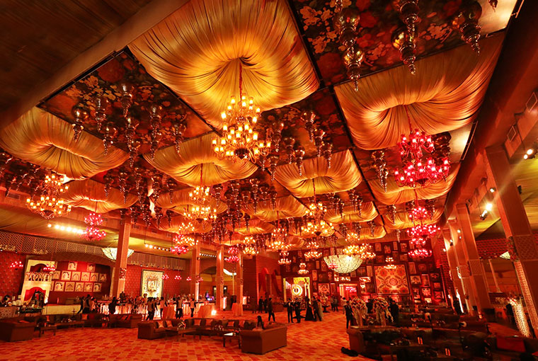 Royal Vintage Ceiling