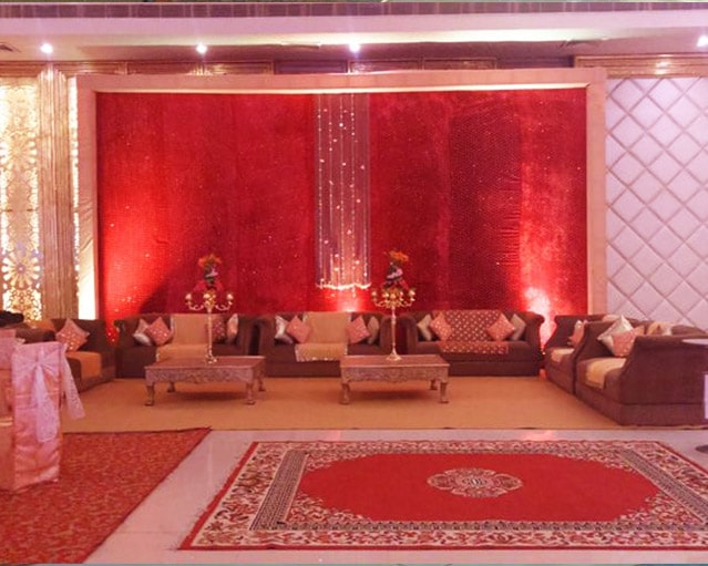 Opulent Banquet hall in chattarpur