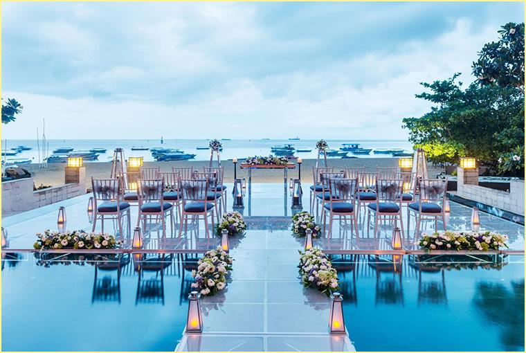 Beach weddings in Bali