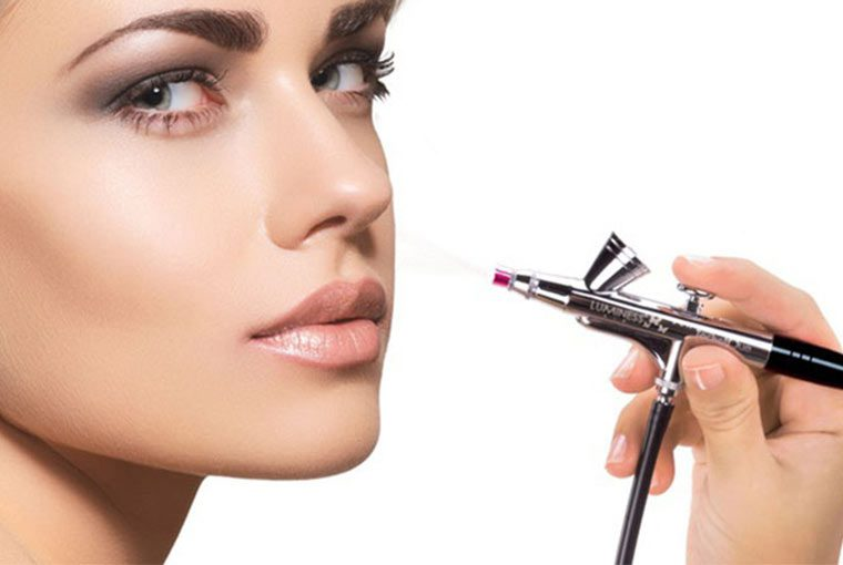 What are the pros and cons of Airbrush Makeup?