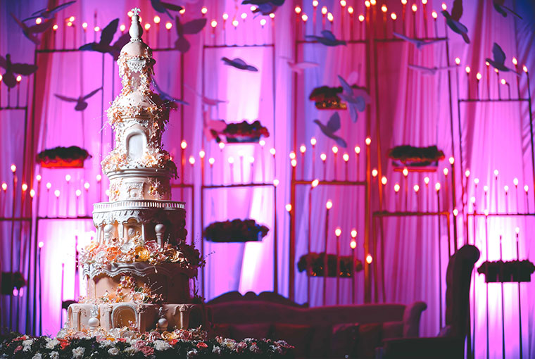 Trending cakes that are taking the Indian Wedding Industry by Storm