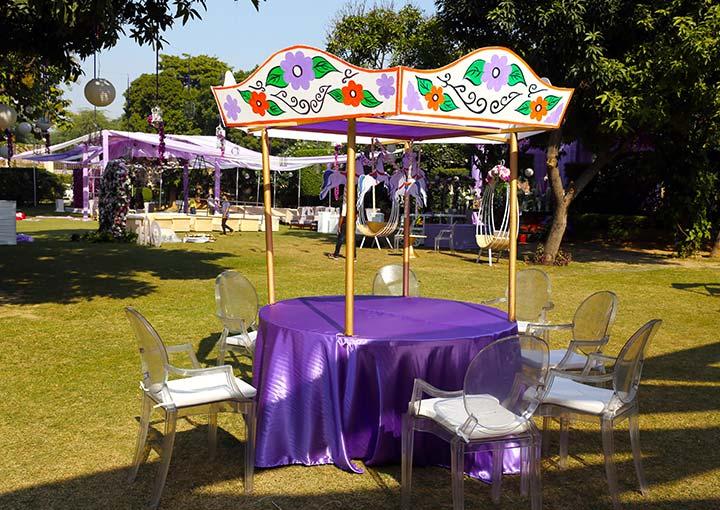 Carousel theme for kids' Birthday Party