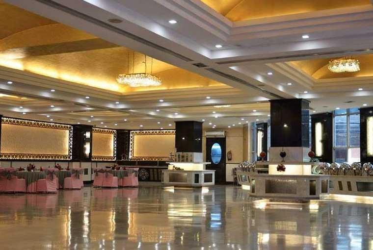 banquet hall in motinagar