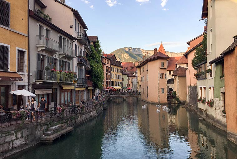 Annecy, Spain