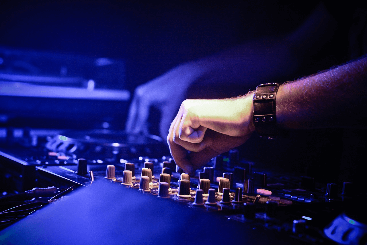 Top 10 DJ Services in Gurgaon - FNP Gardens